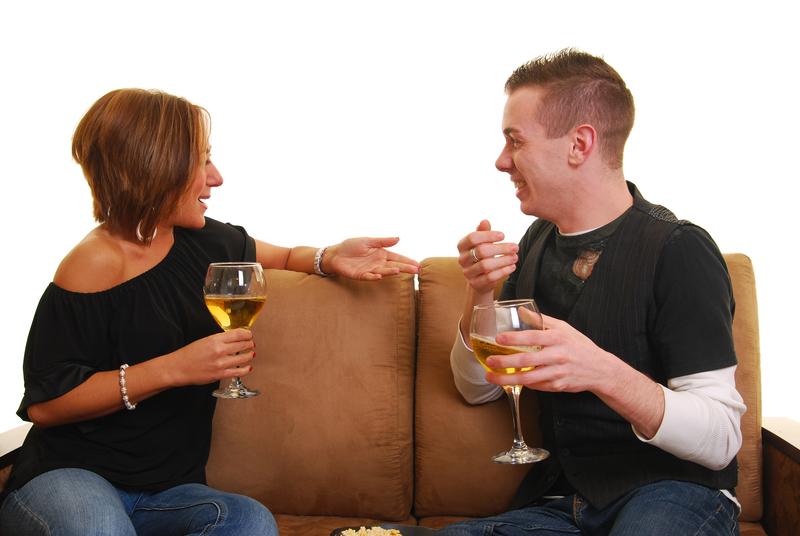 keskustelu seurustelusuhteessa