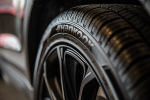 Uudet renkaat autoon